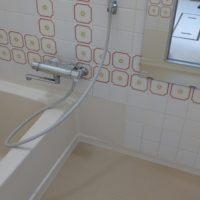 浴室床シート貼り